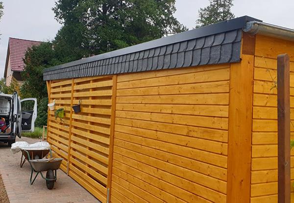 Holzgarage mit Carport kombinieren